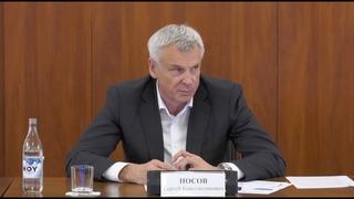 Губернатор Сергей Носов заявил о необходимости системного повышения зарплат колымчан