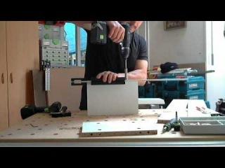 Присадка короба на шкан и эксцентрик при сборке ящиков