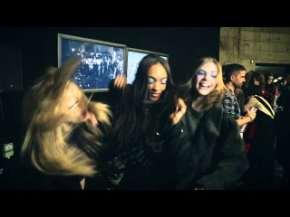 Harlem Shake - Supermodels Cara, Rosie and Jourdan backstage at Topshop Unique AW13