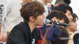 [Fancam] 130526 Junho Jun. K Singing Zero Point at Times Square Fansign