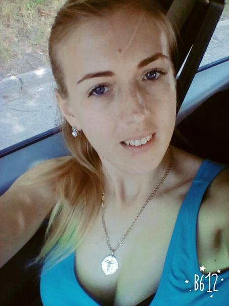 Анна Артемьева-Мороз, Березно, Украина