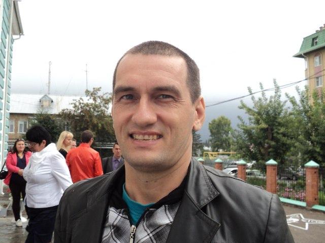 Юра, 44, Al'met'yevsk