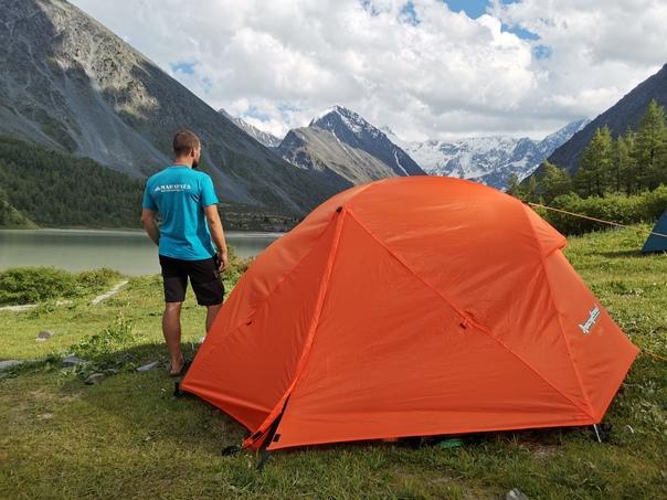 В этом сезоне мы представили покупателям несколько палаток – новинок производства «Манарага» под брендом RockLand. Среди них модель RockLand Cycle 2+.