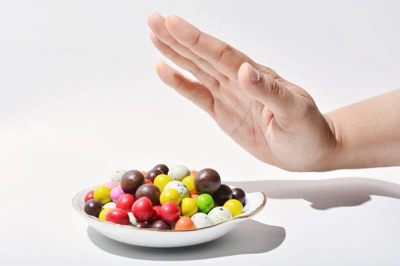 4 веские причины отказаться от сладкого