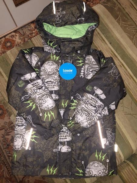 Продам зимнюю куртку Лесси рост 122+8, Новая,с эти...