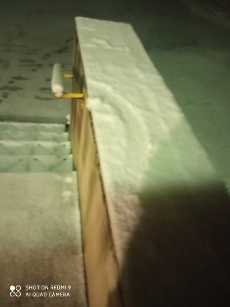 Неплохо так наваливает, завтра с утра на лыжах мож...